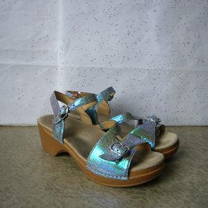 Dansko Blue Iridescent Ankle Strap Sandal - 40 EUC